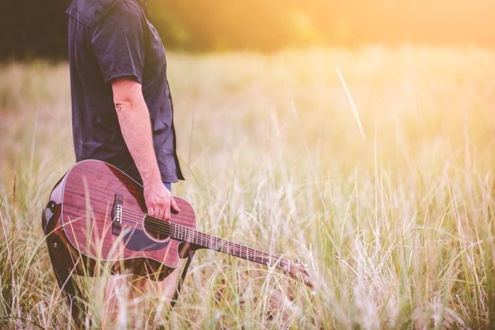 奏屋(かなでや)にギターを売ることに決めた