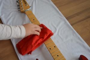 ギターのお掃除
